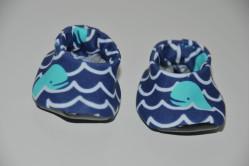 Strandsko med hvaler
