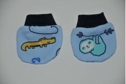 Blå dukkevanter med sjove dyr